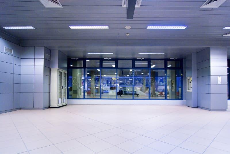 Flughafeneingang stockfotos