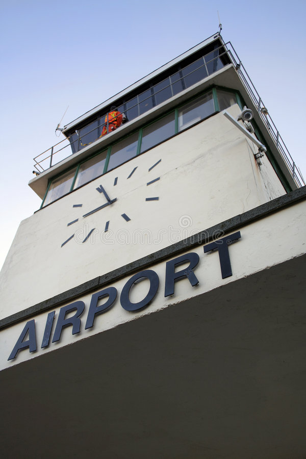 FlughafenKontrollturm lizenzfreie stockfotos