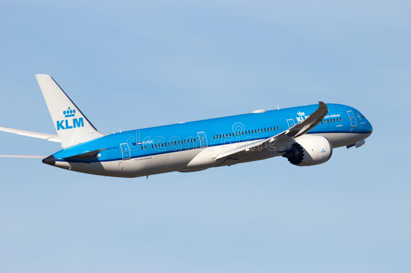 Fluglinien Boeing 787-9 KLMs Royal Dutch stockbild