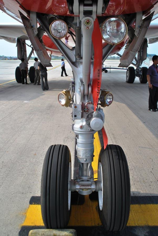Flugzeug-Bugrad lizenzfreies stockfoto