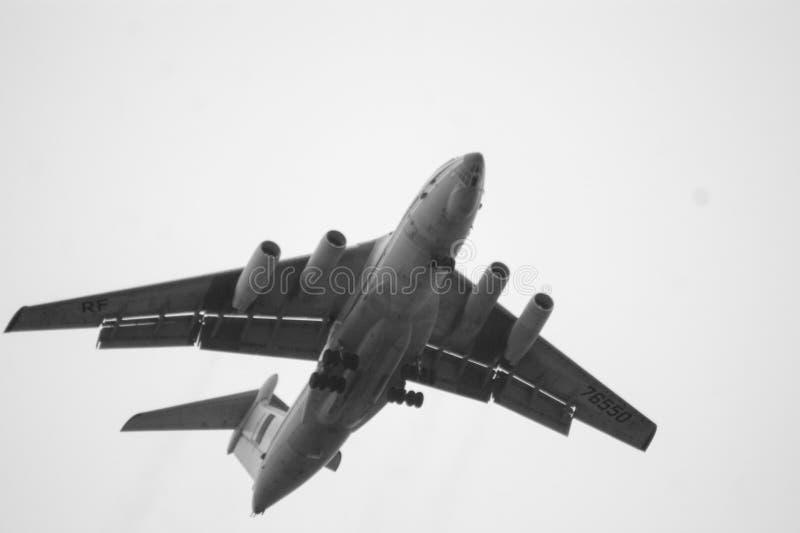 Flugzeug Il-76 lizenzfreie stockfotografie
