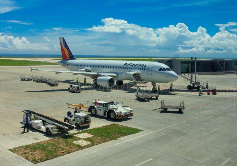 Flugzeugbodenabfertigung lizenzfreies stockbild