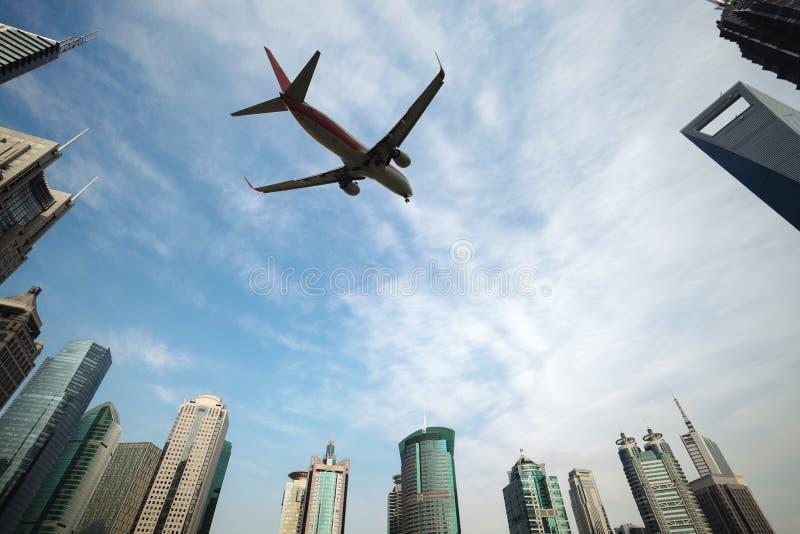 Flugzeuge in Shanghai lizenzfreies stockfoto