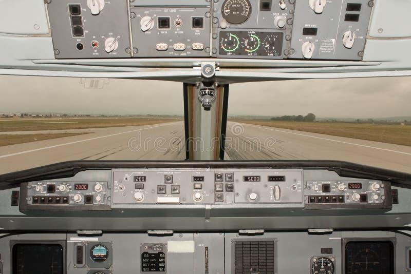 Flugzeuglaufbahnansicht lizenzfreie stockfotografie