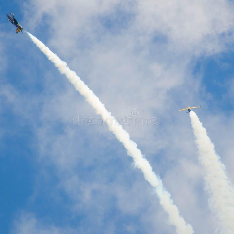 Flugzeugmilitär lizenzfreie stockfotos