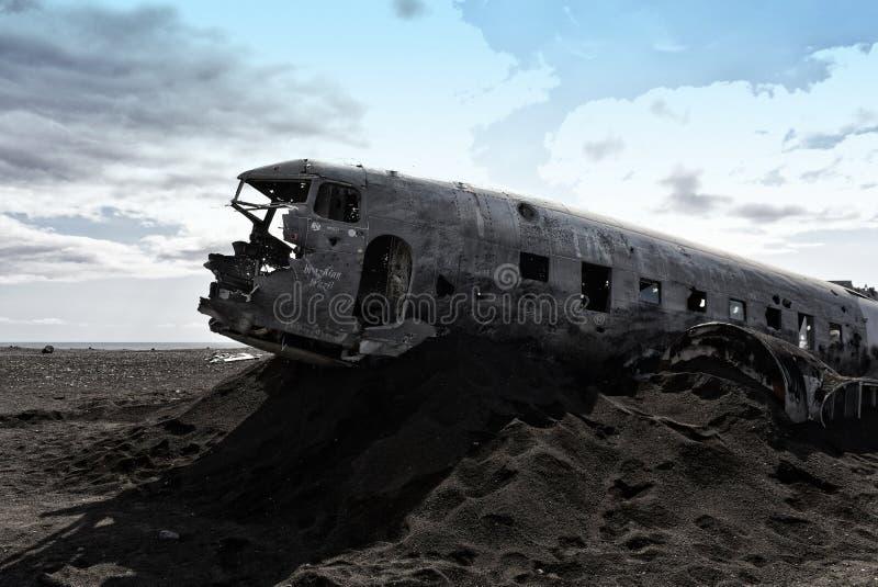 Flugzeugwrack Marine DC-3 Solheimasandur US in Island lizenzfreie stockfotos