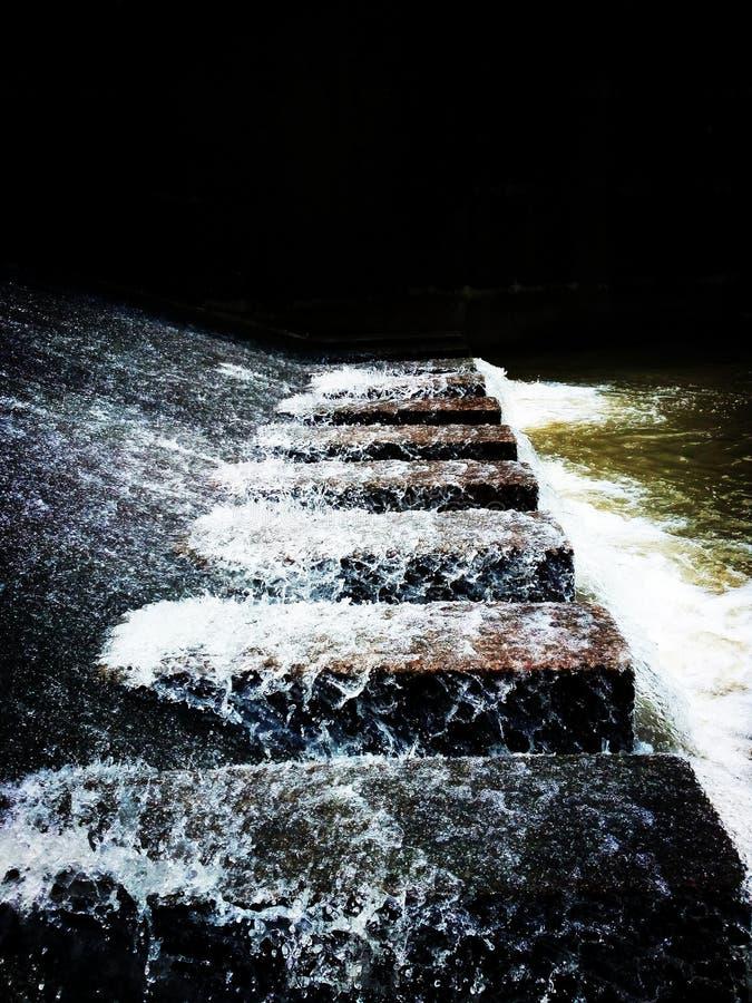 Flujo de agua fotos de archivo