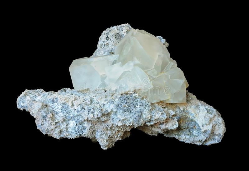 Fluoryt kryształy w kalcycie fotografia royalty free