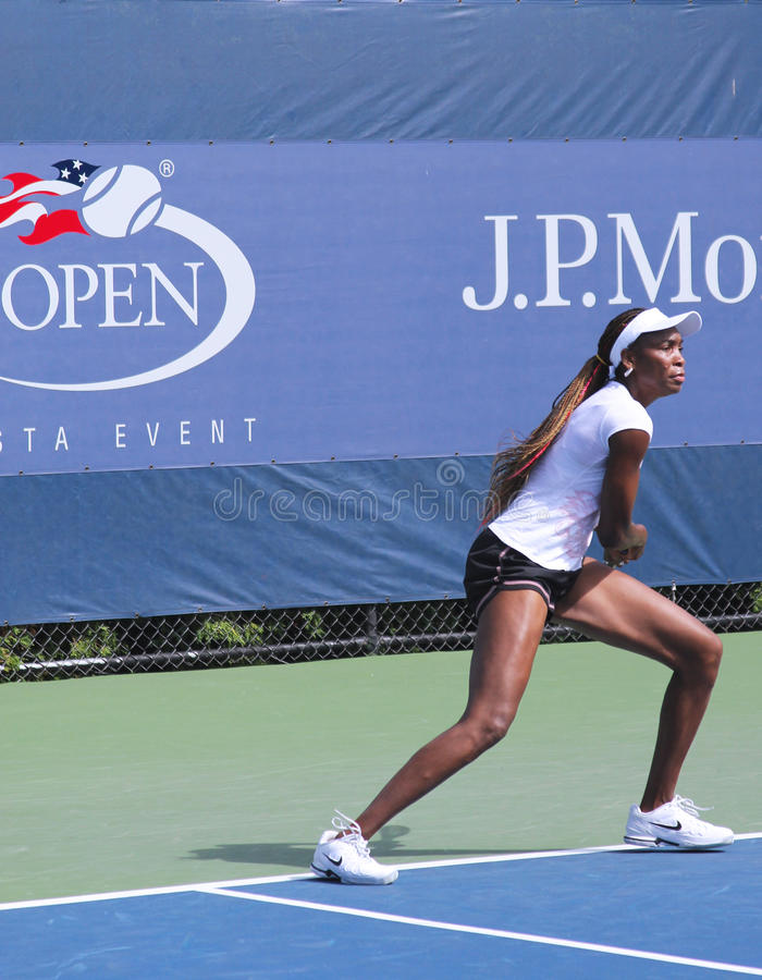 Download Seven Times Grand Slam Champion Venus Williams Practices For US Open At Billie Jean King National Tennis Center Editorial Image - Image: 29764545
