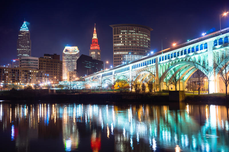 Fluss Cleveland Ohio Downtown City Skylines Cuyahoga lizenzfreie stockfotos