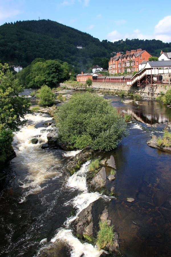 Fluss Dee Llangollen stockbild