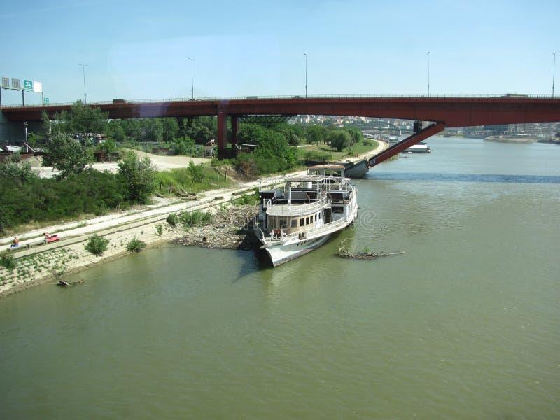 Fluss Donau in Serbien lizenzfreies stockfoto