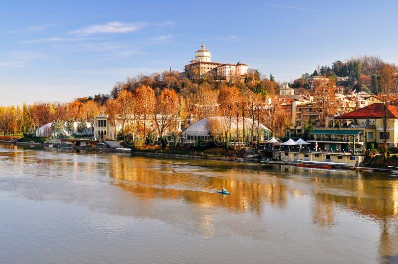 Download Fluss PO, Ansicht Des Hügels Von Capuchin Stockbild - Bild von nave, gering: 12202913