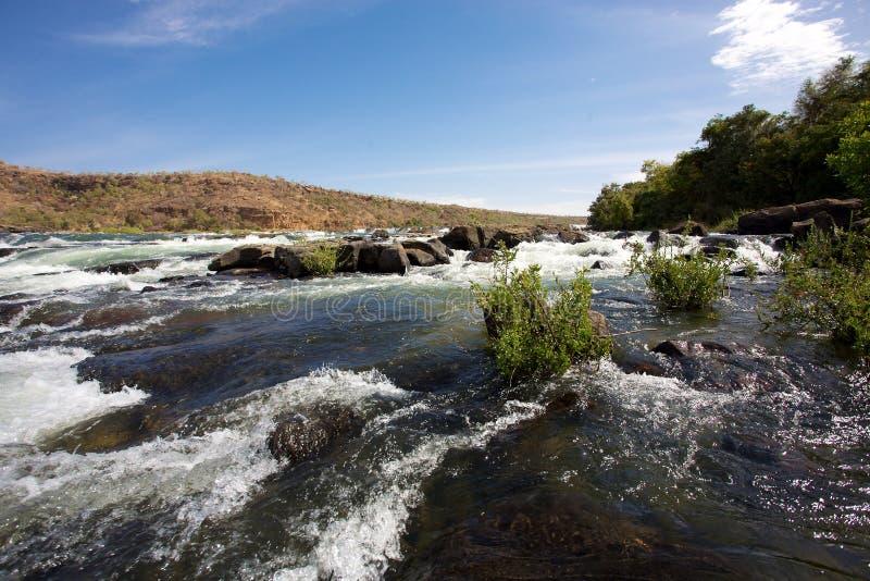 Fluss Senegal nahe Kayes in Mali lizenzfreies stockbild