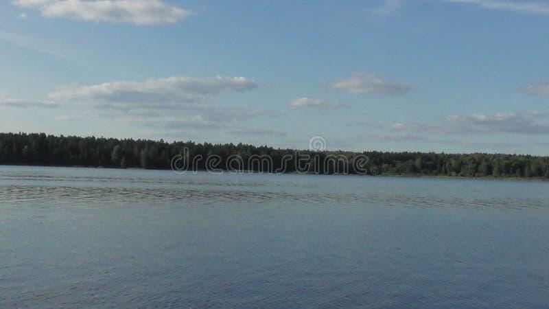 Fluss Volga-Flussufer tver stockbild