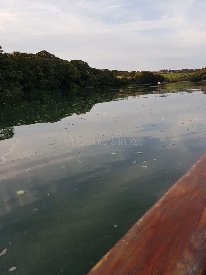 Flusskreuzfahrt lizenzfreie stockfotos