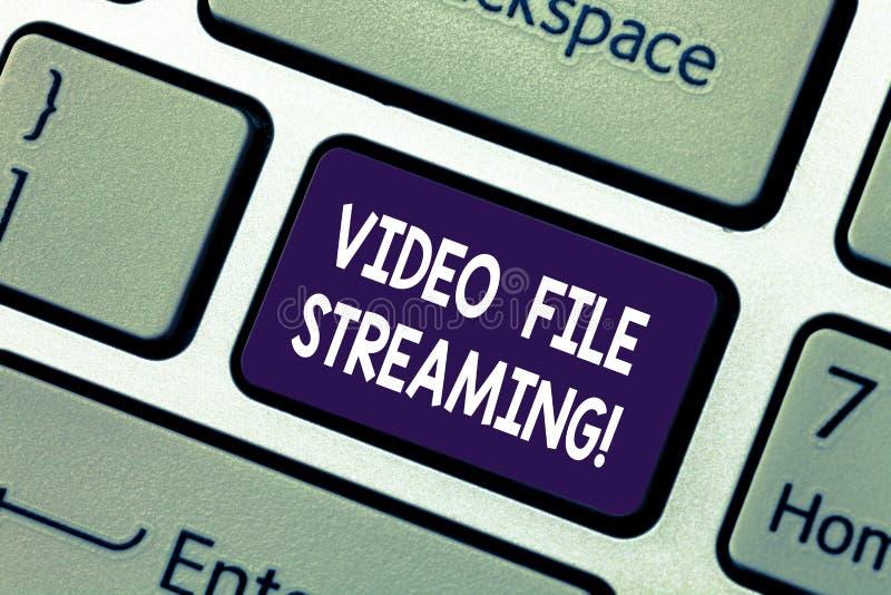 Flusso continuo concettuale del file video di rappresentazione di scrittura della mano La foto di affari che montra il video è os fotografie stock