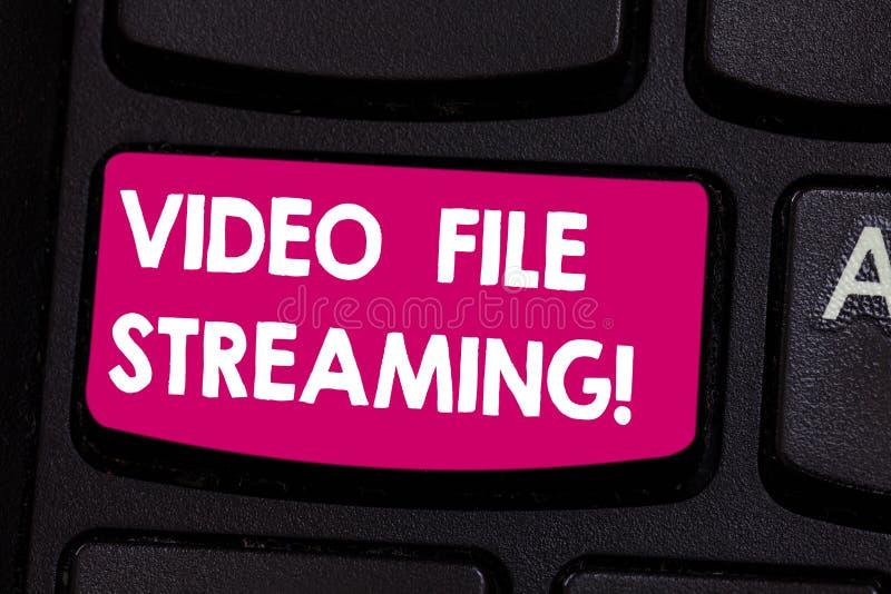 Flusso continuo del file video di rappresentazione del segno del testo Il video concettuale della foto è osservato online senza e fotografia stock libera da diritti