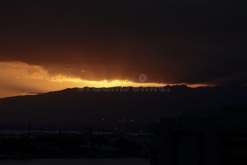 Flusso continuo di tramonto immagini stock libere da diritti