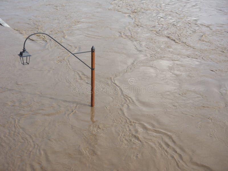 Flut des Flusses PO in Turin stockfoto