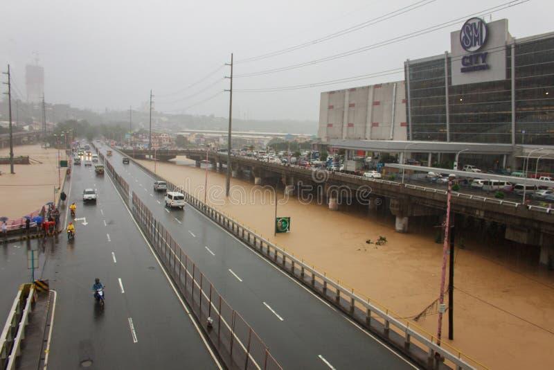 Flut in Manila, Philippinen stockbild