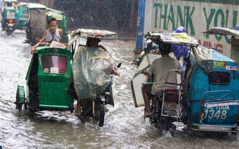 Flut in Manila, Philippinen stockfotografie