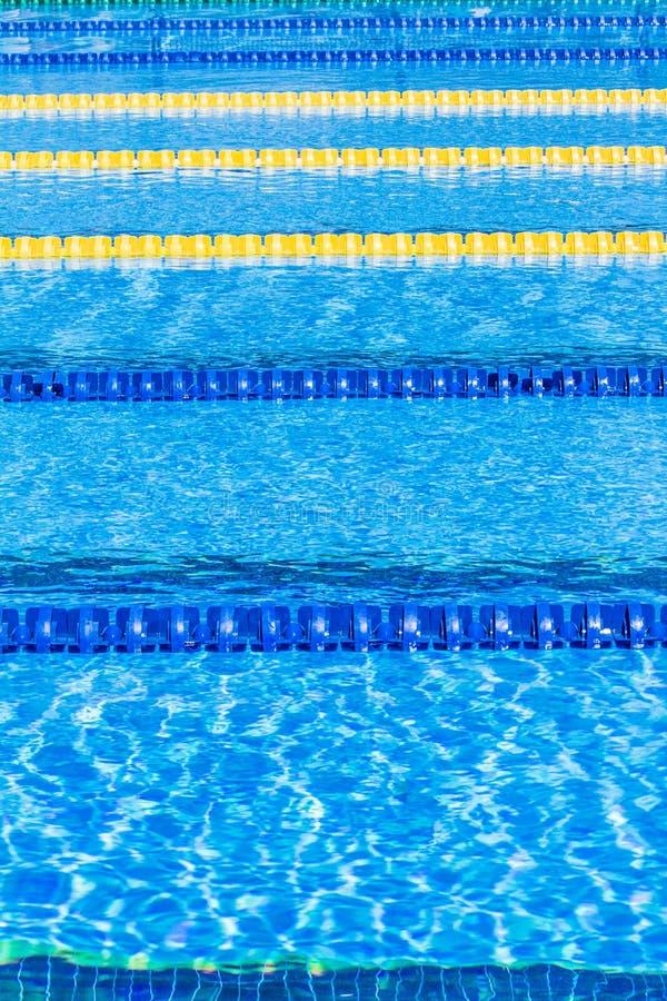 Flutuação olímpica dos cabos do corredor da associação fotografia de stock