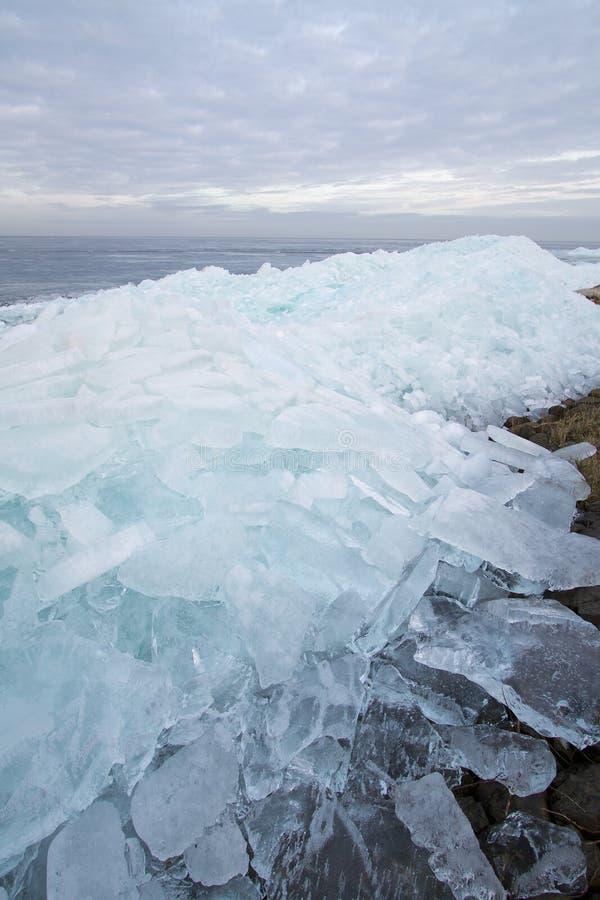 Flutuando e gelo de derivação fotos de stock royalty free