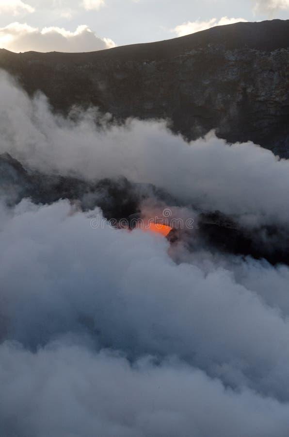 Flux de lave de volcan de Kilauea, Hawaï photos stock