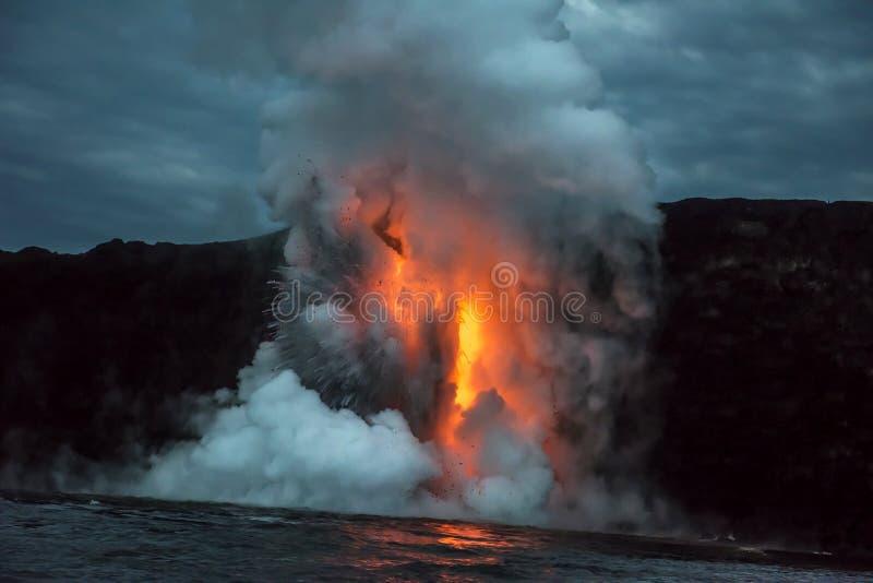 Fluxo de lava em Havaí fotografia de stock royalty free