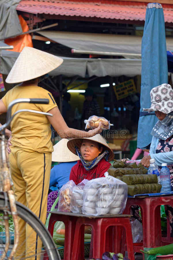 Fly marknaden i Hoi An royaltyfri bild