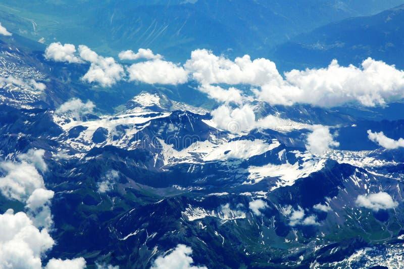 flyg- alpsschweizaresikt royaltyfri fotografi