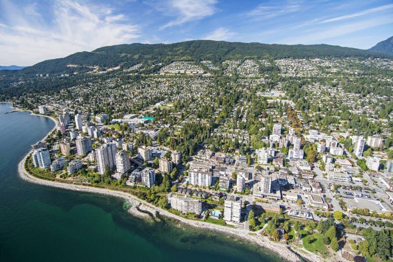 Flyg- bild av västra Vancouver, F. KR. royaltyfria foton