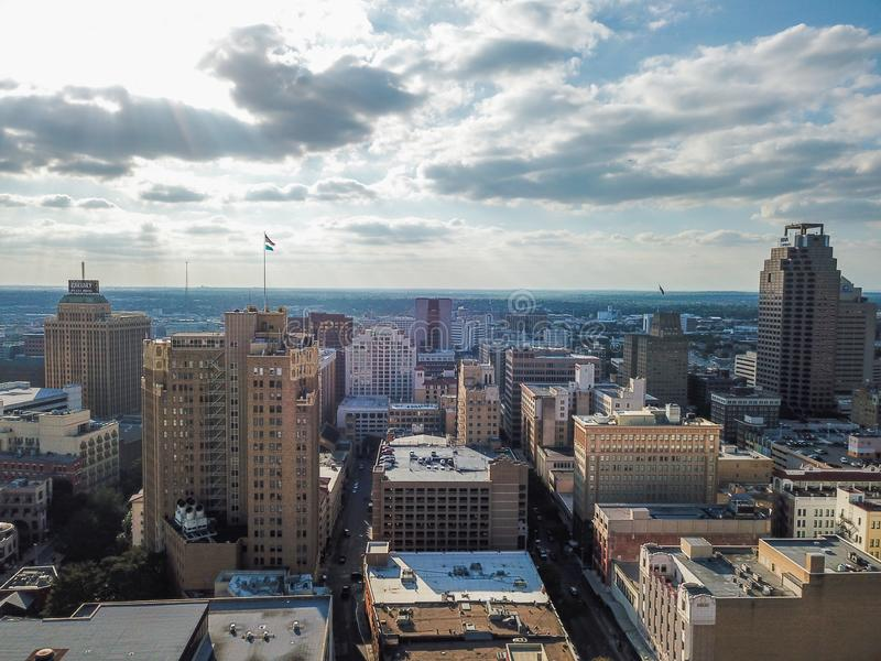 Flyg- Cityscape av i stadens centrum San Antonio, Texas Facing Towards E arkivbild