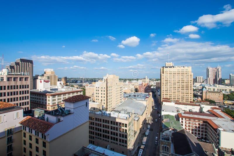 Flyg- Cityscape av i stadens centrum San Antonio, Texas Facing Towards E royaltyfri foto