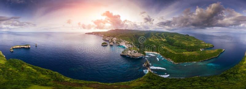 Flyg- panorama av kusten arkivfoto