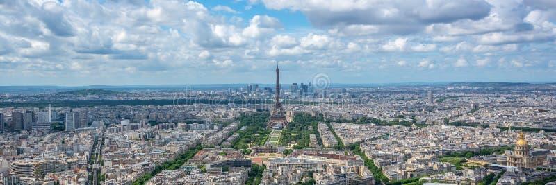 Flyg- panorama- scenisk sikt av Paris med panorama för den Eiffeltorn-, Frankrike och Europa staden royaltyfri bild