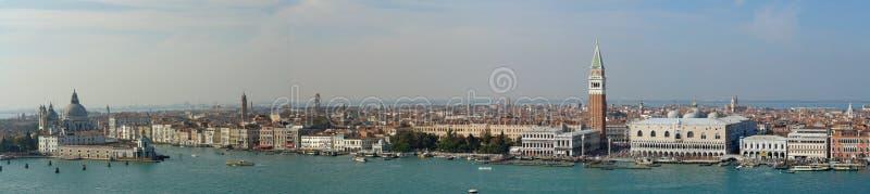 flyg- panorama venice fotografering för bildbyråer