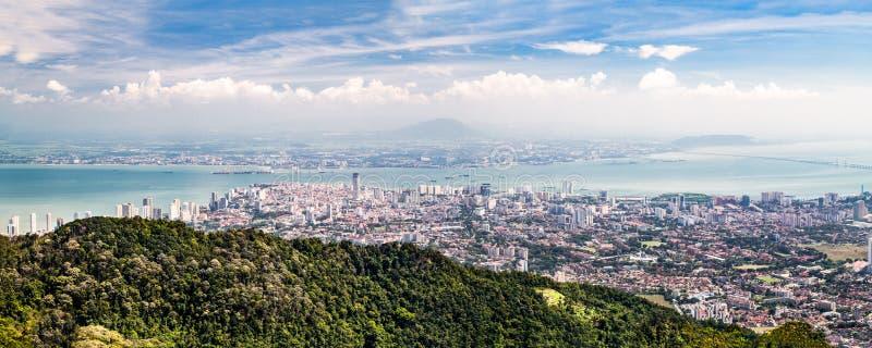 Flyg- panoramacityscape av Georgetown, huvudstad av den Penang staten arkivbilder