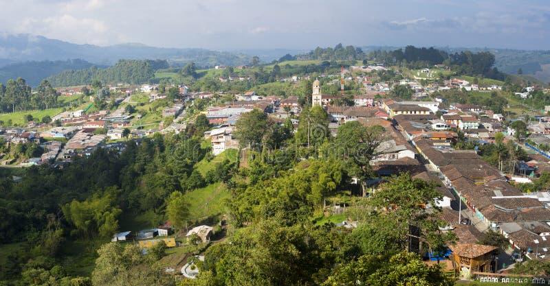 Flyg- panoramautsikt av Salento inom kaffezonen i Colom royaltyfria bilder