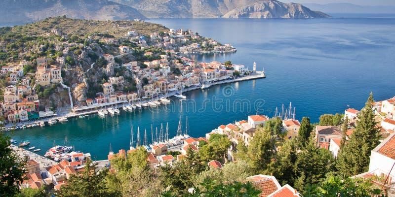 Flyg- panoramautsikt av Symi, Dodecanese ö Grekland royaltyfria foton