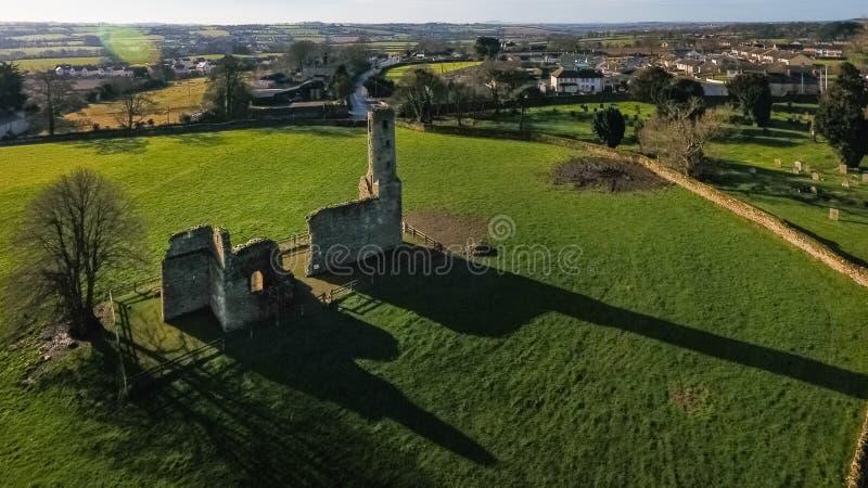 flyg- sikt Abbotskloster för St Mary ` s ferns Co Wexford ireland arkivfoto