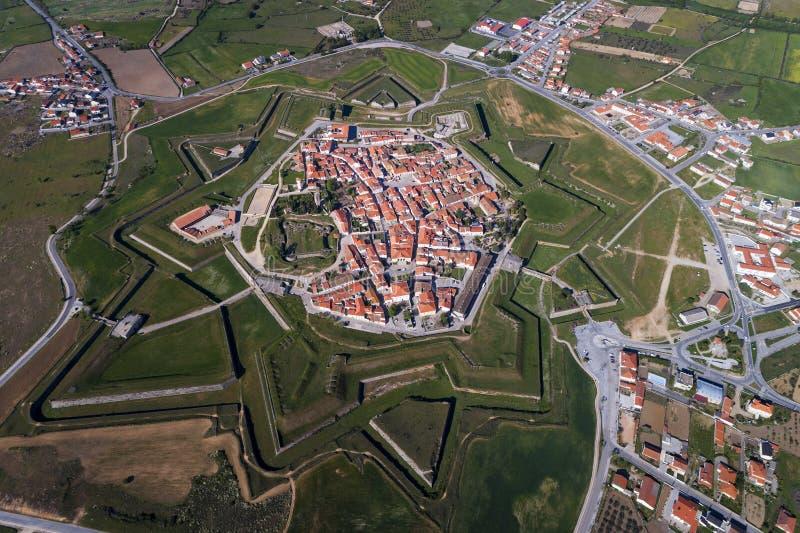 Flyg- sikt av byn av Almeida i Portugal royaltyfria bilder