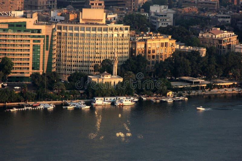 Flyg- sikt av cairo med nile i Egypten i africa royaltyfri fotografi