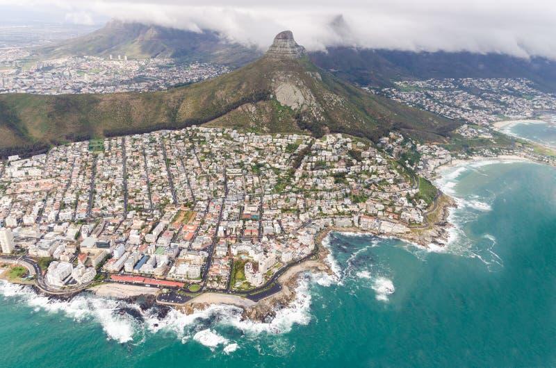 "Flyg- sikt av Cape Town †""Sydafrika royaltyfri foto"