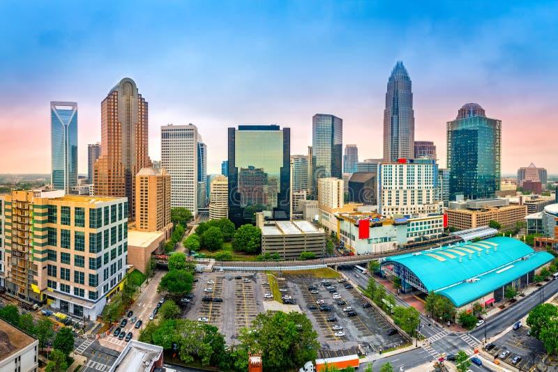 Flyg- sikt av Charlotte, NC-horisont fotografering för bildbyråer