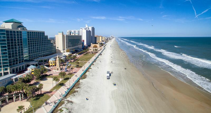 Flyg- sikt av Daytona Beach, Florida royaltyfria bilder