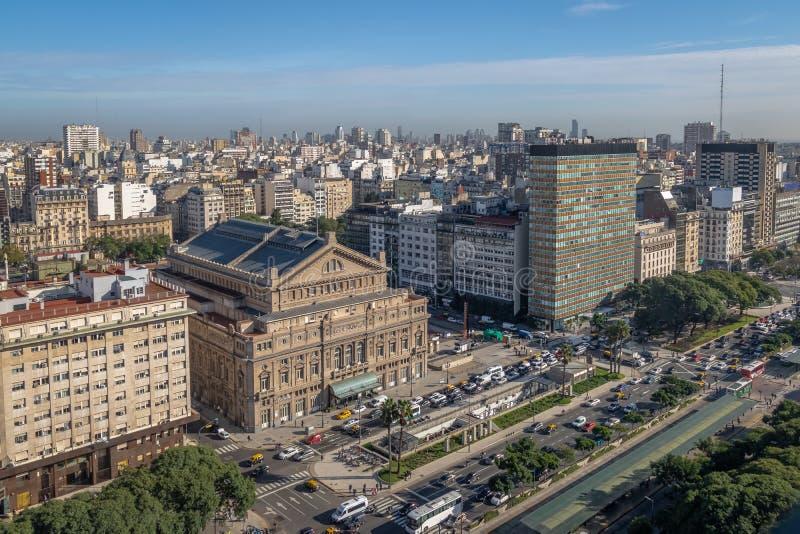 Flyg- sikt av 9 de Julio Avenue - Buenos Aires, Argentina arkivbilder