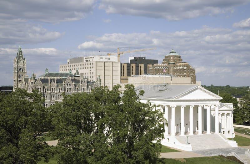 Flyg- sikt av den 2007 återställda Virginia State Capitol