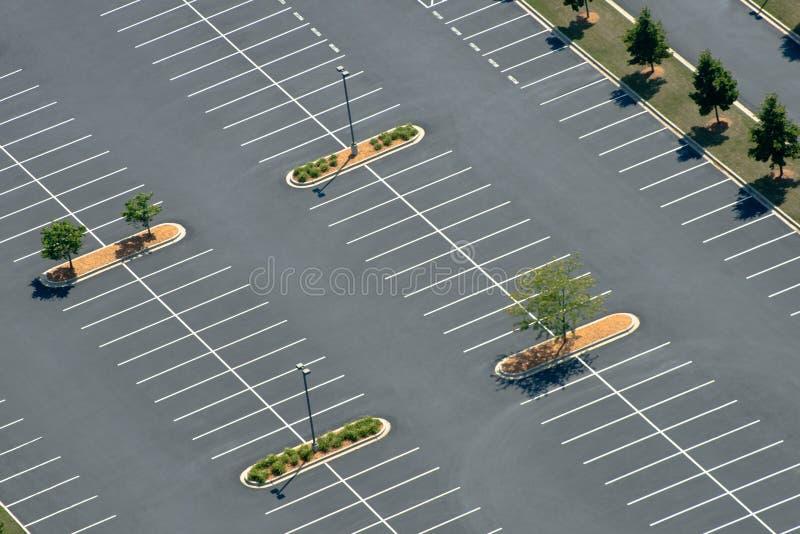 Flyg- sikt av den Asphalt Parking lotten royaltyfria bilder